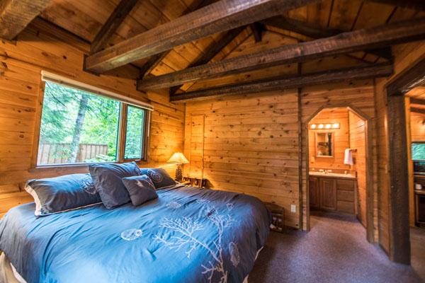 King cabin in seward alaska inside shot