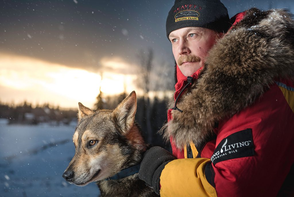 Mitch Seavey with pilot his lead sled dog